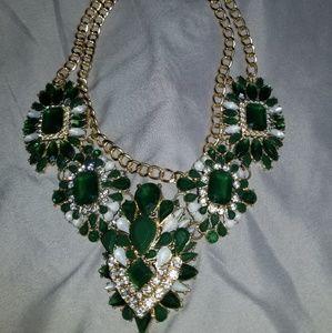Accessories - Emerald Color Costume Necklace